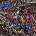 ミャンマーの民族集団が軍事支配を拒否するために団結
